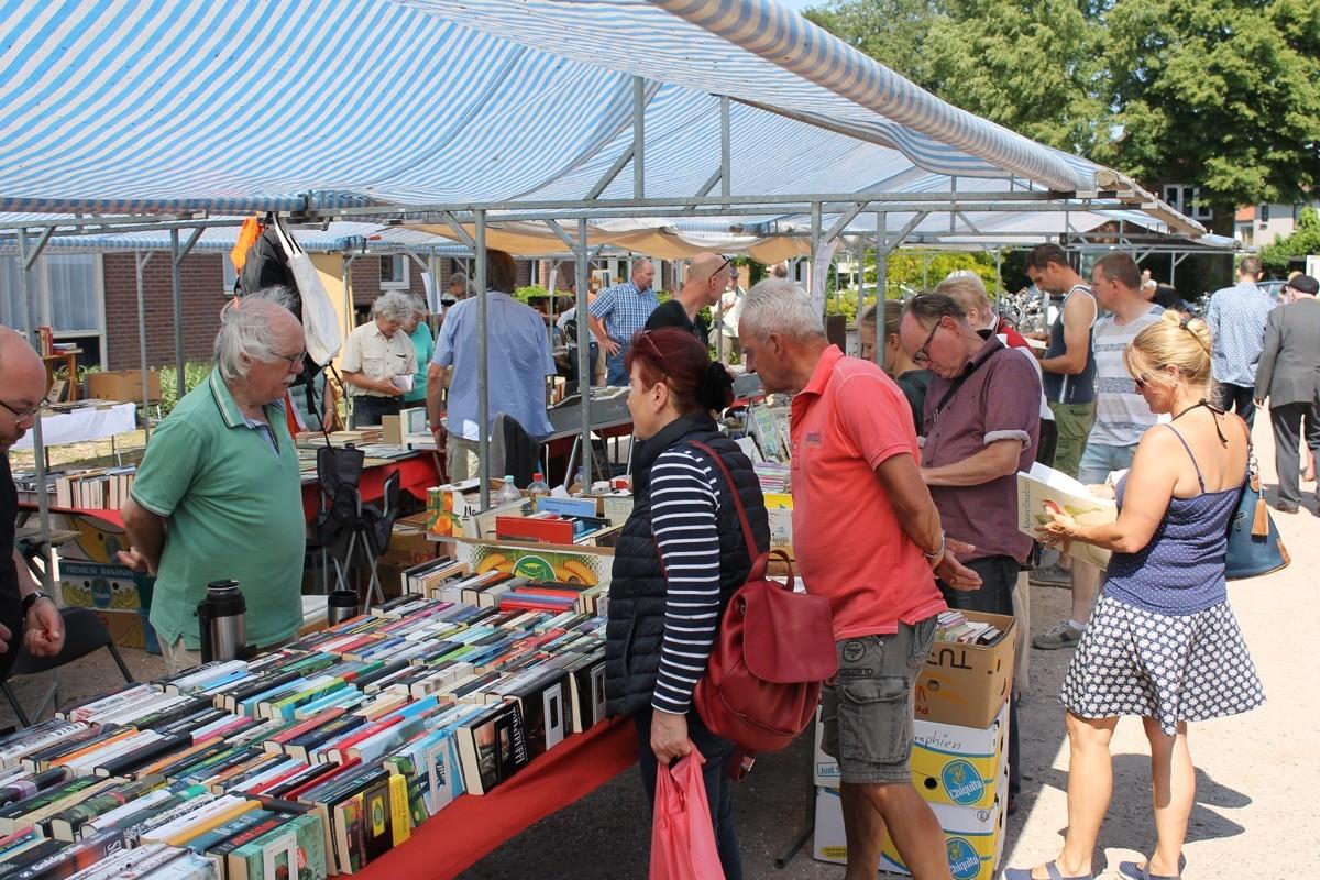 Boekenmarkten Bredevoort