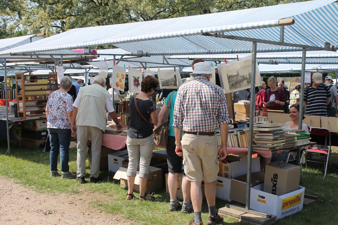 Bredevoort, Int. Paas Boekenmarkt - (c) Leo van der Linde