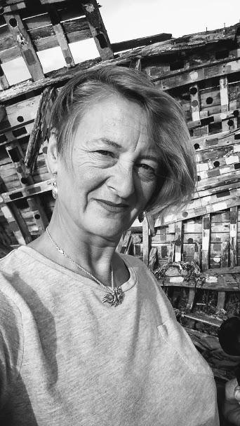 Mary Velthoen