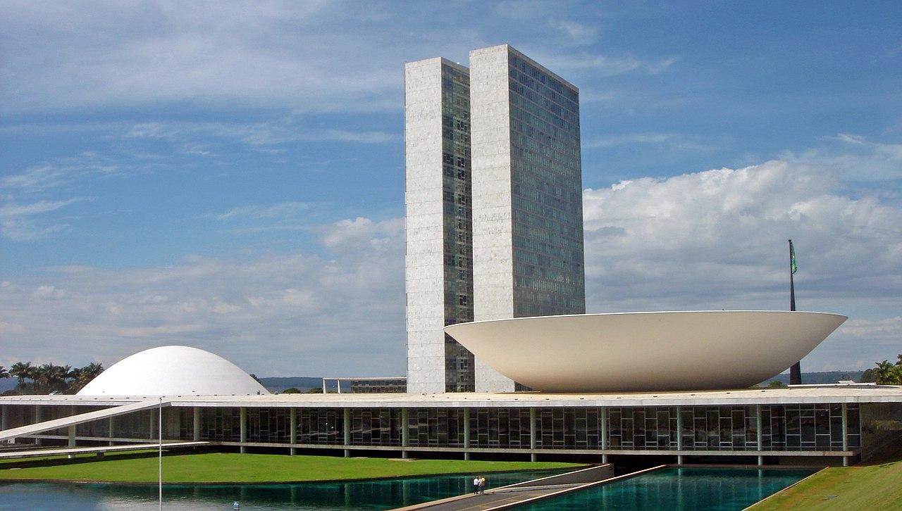 Oscar Niemeyer - Brasilia nationaal congresgebouw